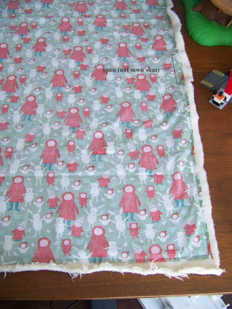 easy diy baby blanket tutorial