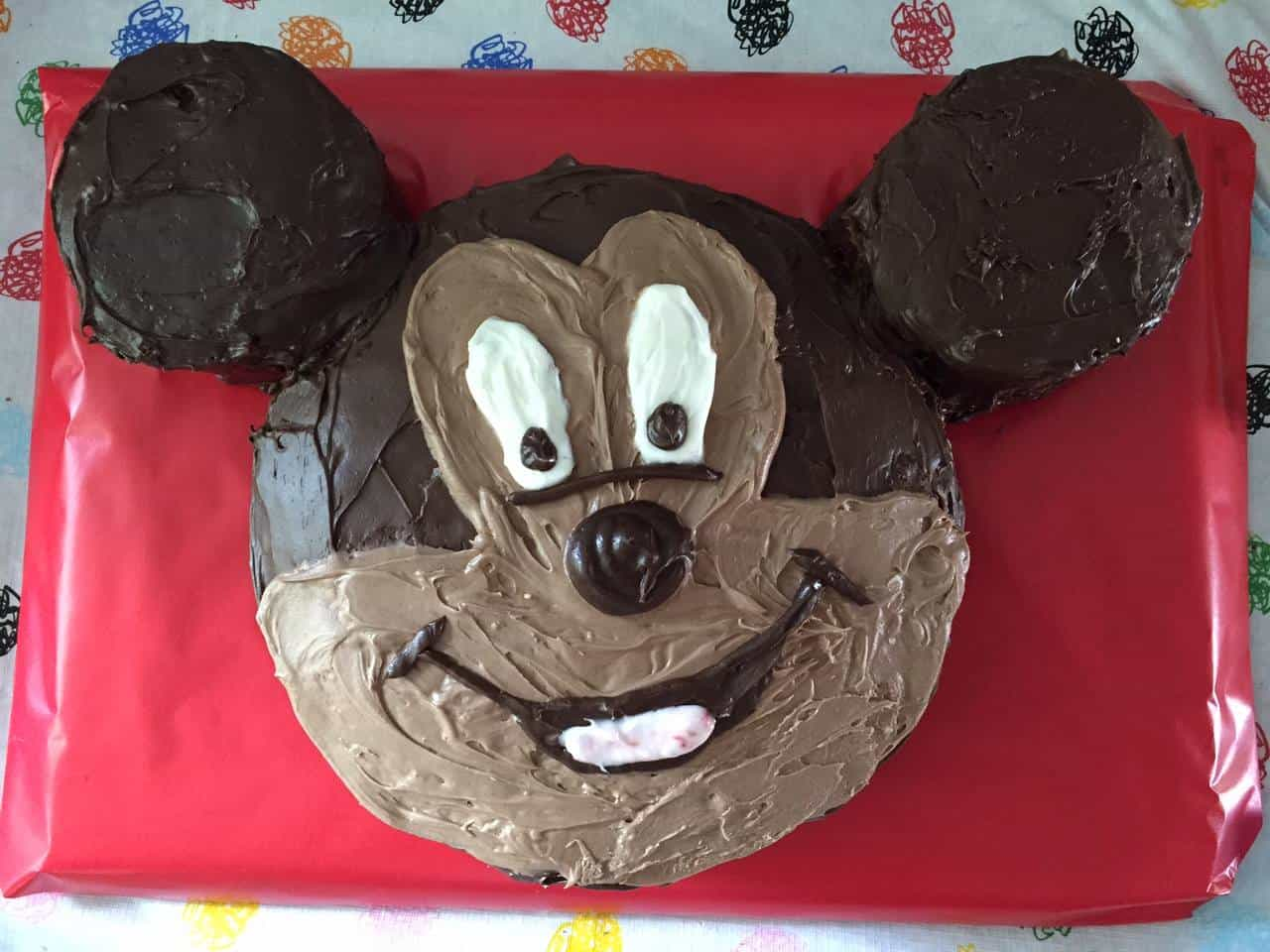 How To Make A Mickey Mouse Face Cake