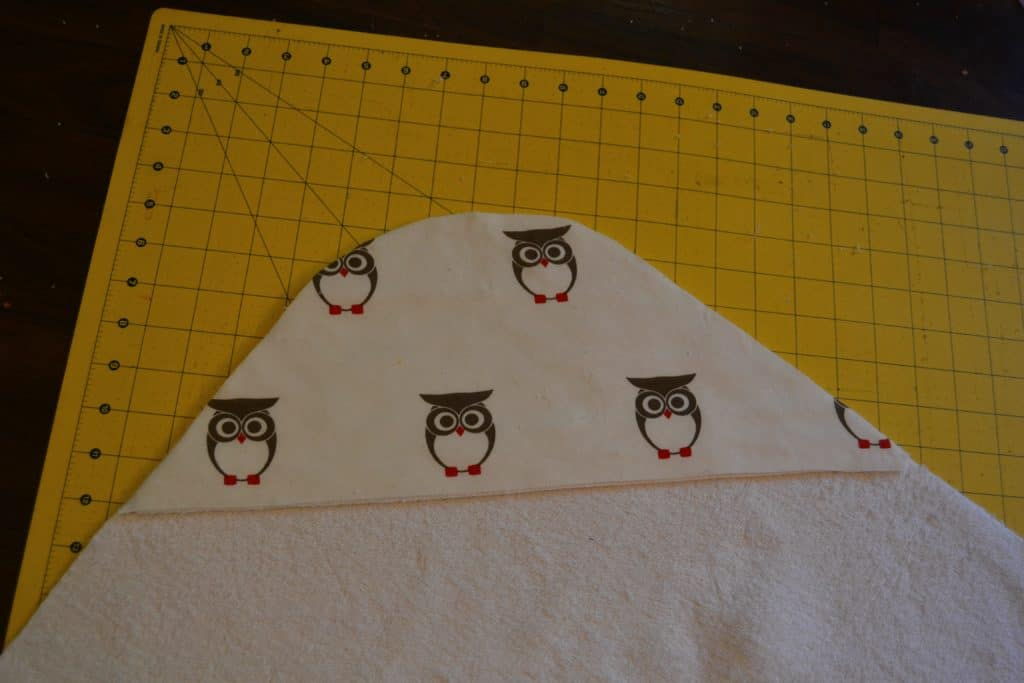 hooded-baby-towel-tutorial-8