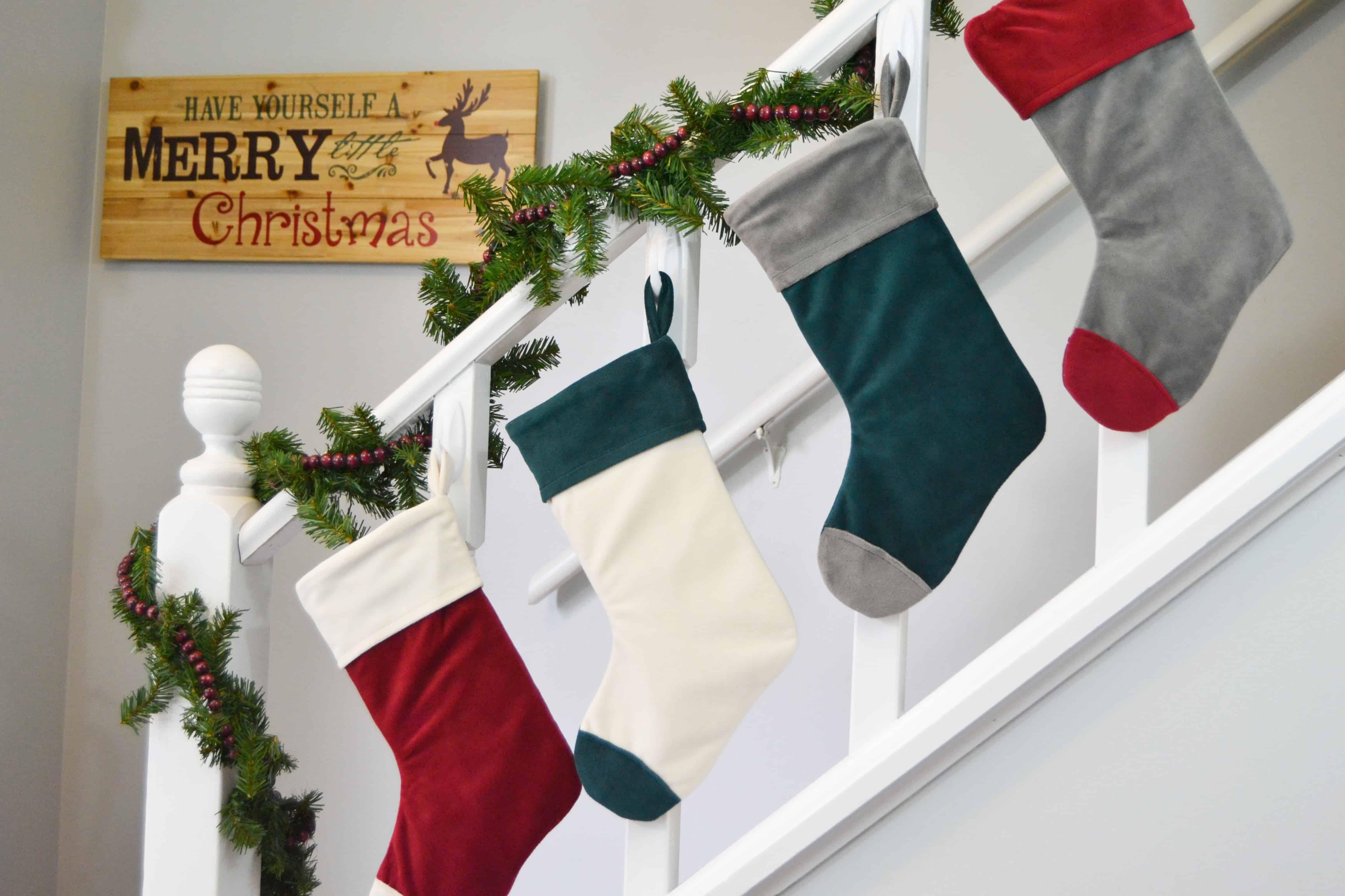 cuffed-christmas-stocking-5-alt