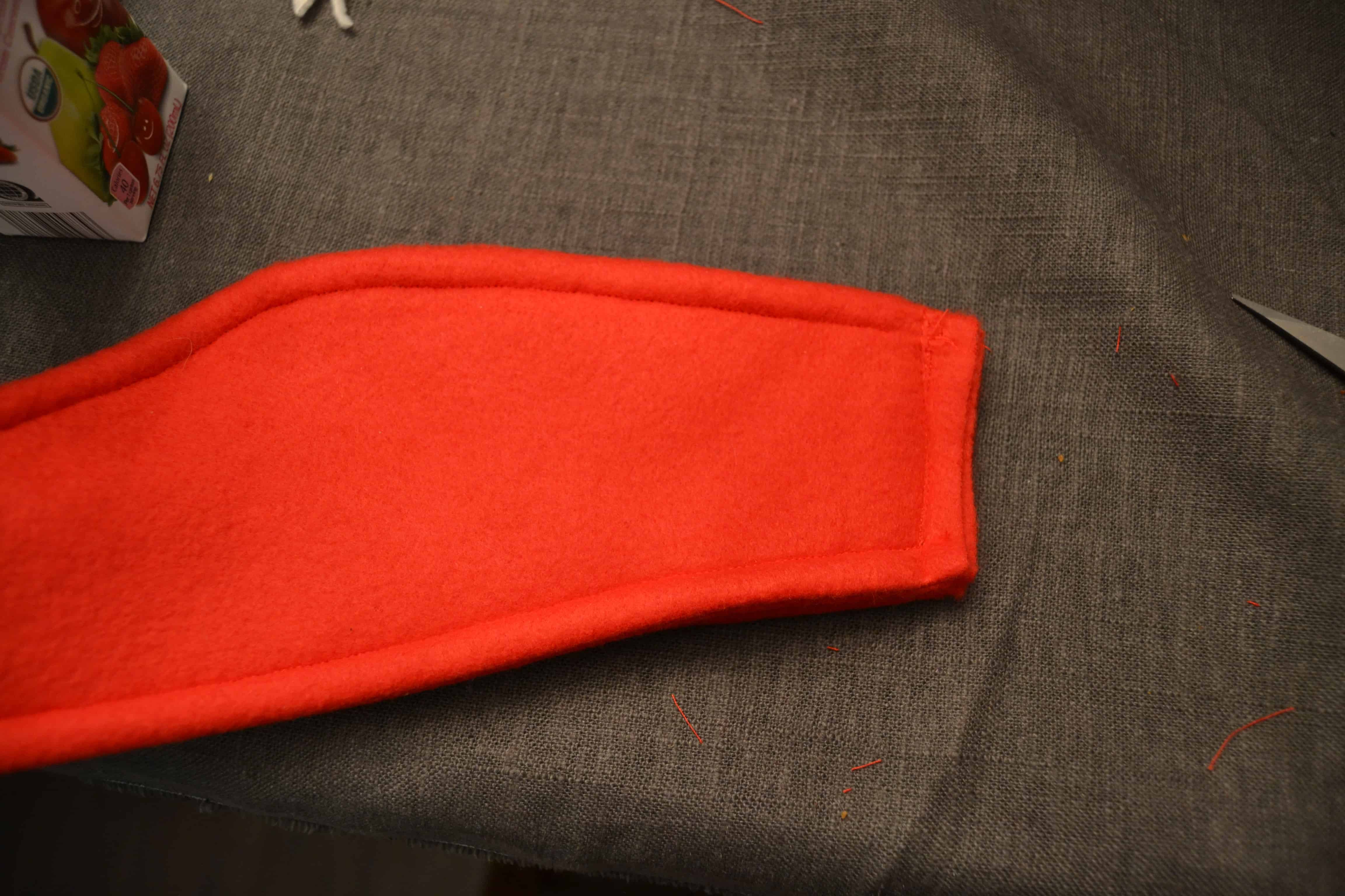 the end of the fleece earwarmer headband sewn together