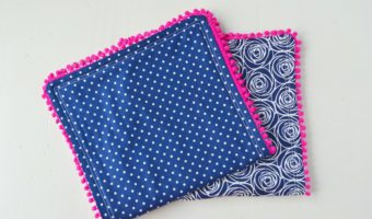 Pom Pom Burp Cloth Tutorial