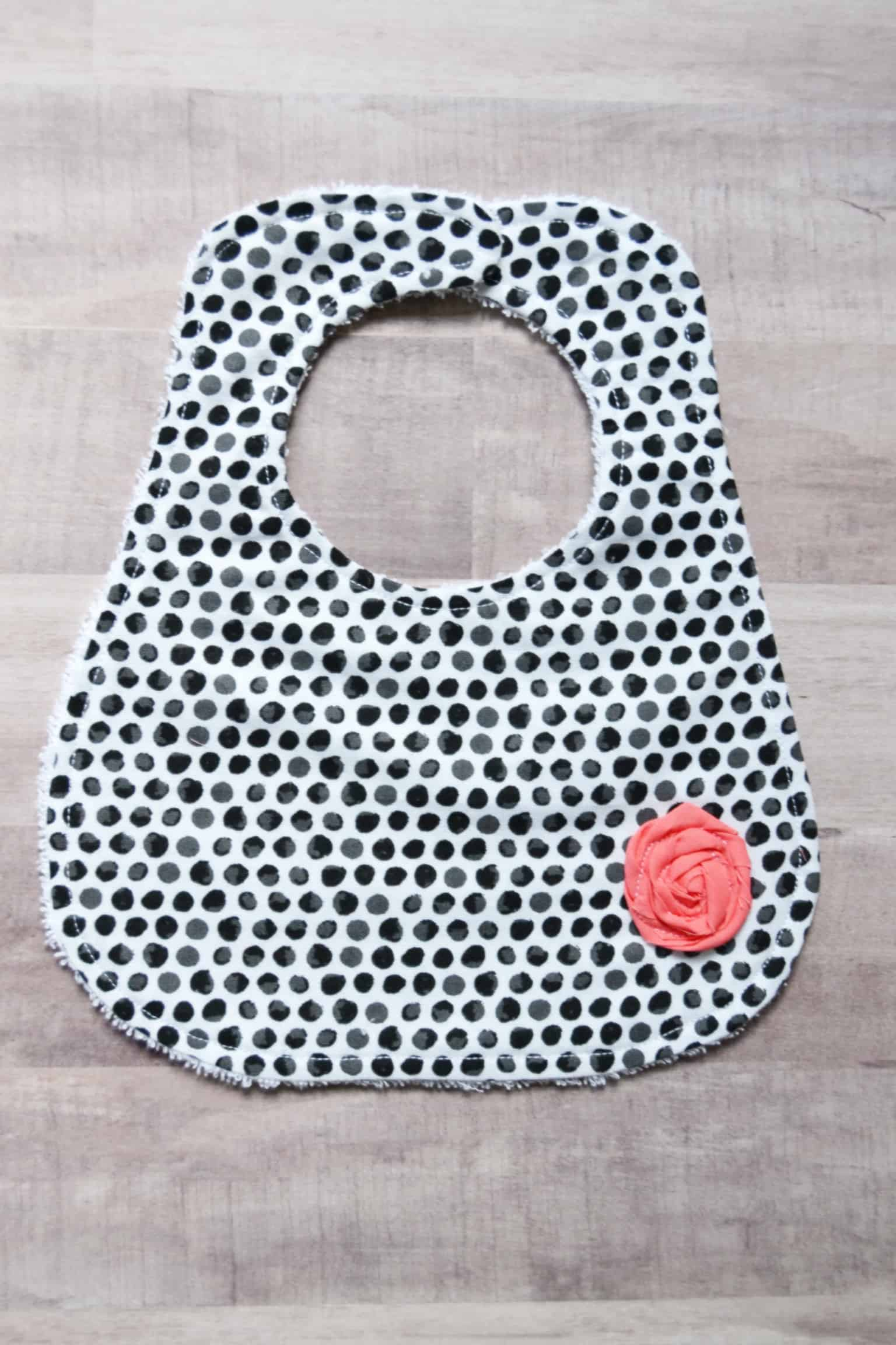 14 baby gifts to sew mary martha mama the bandana baby bib baditri Images