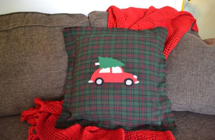 DIY No Sew Pillow Covers for Christmas