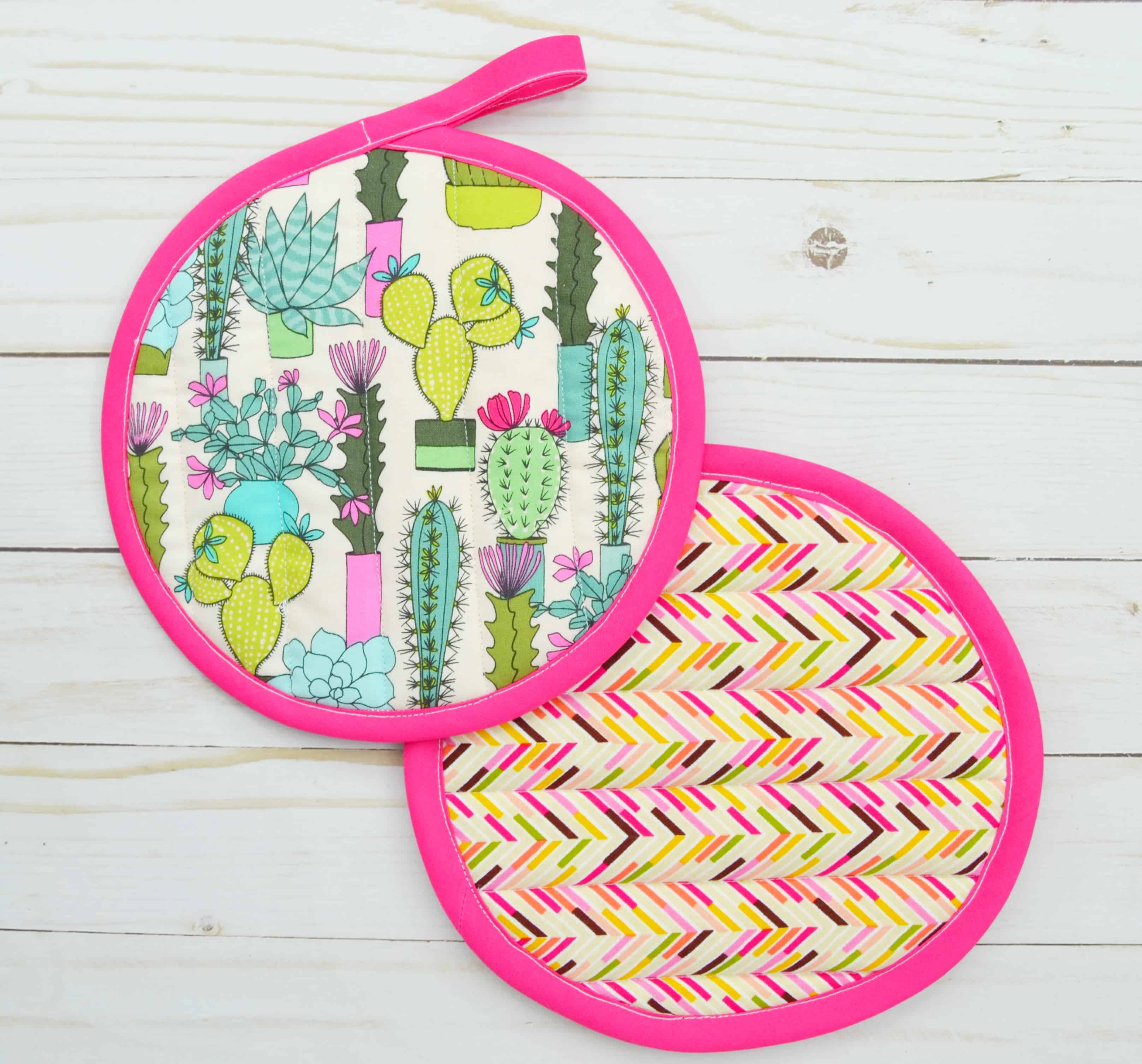 How To Sew Potholders In 8 Easy Steps Mary Martha Mama