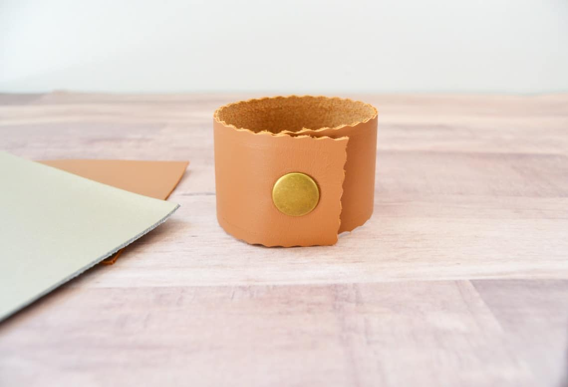 diy leather cuff bracelet with the back showing the snap
