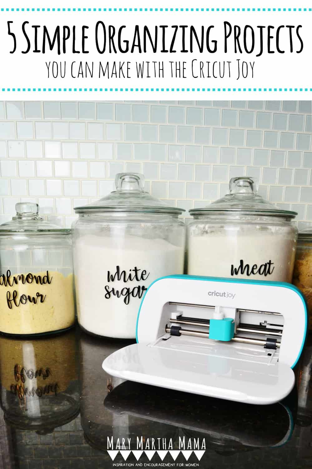 The Cricut Joy is an amazing tool and I'm sharing 5 super easy organization projects I did in my home using the Cricut Joy. #sponsored #cricutcreated  #cricutjoy @officialCricut