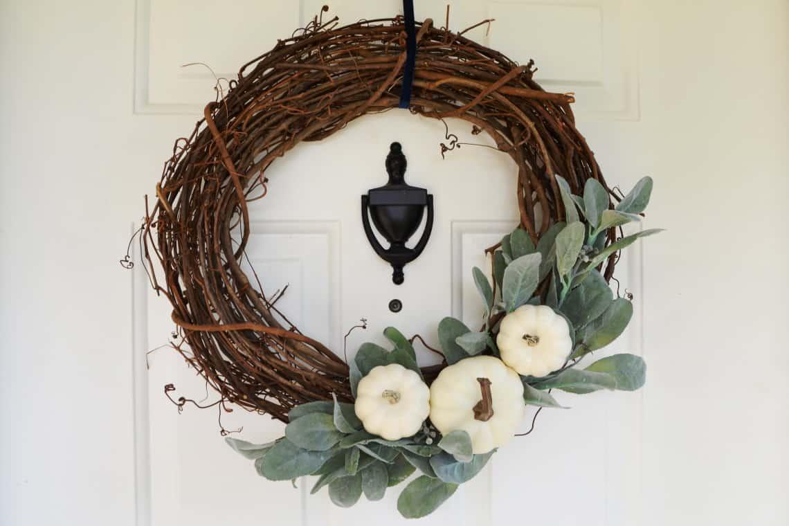 DIY Farmhouse Wreath for Fall