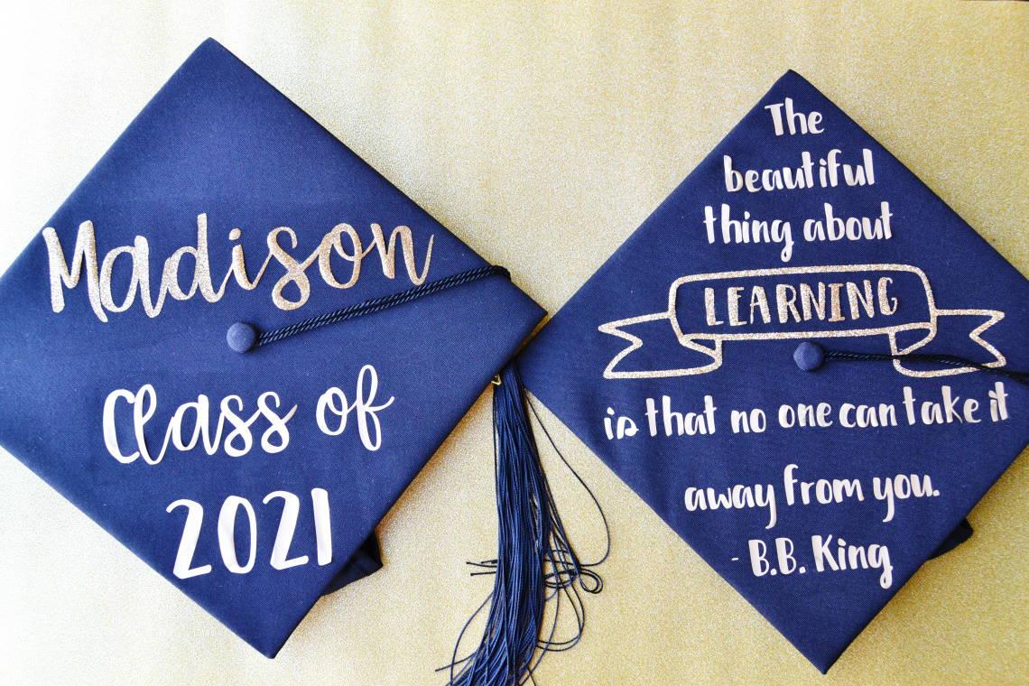 diy decorated graduation caps